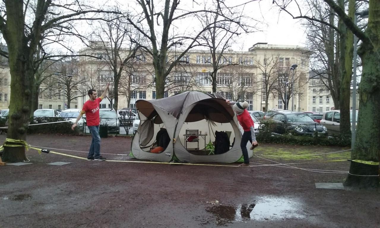 SlackLine Place de la République