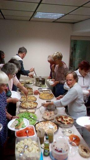 Rien de tel qu'un bon repas pour se retrouver tous ensemble