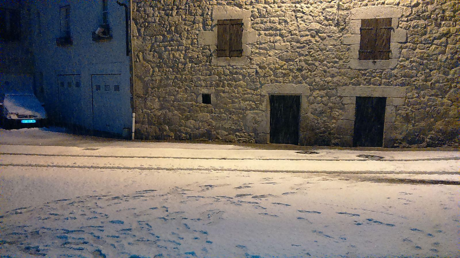 ..et oui, le dimanche matin on repart de Saugues avec la neige !