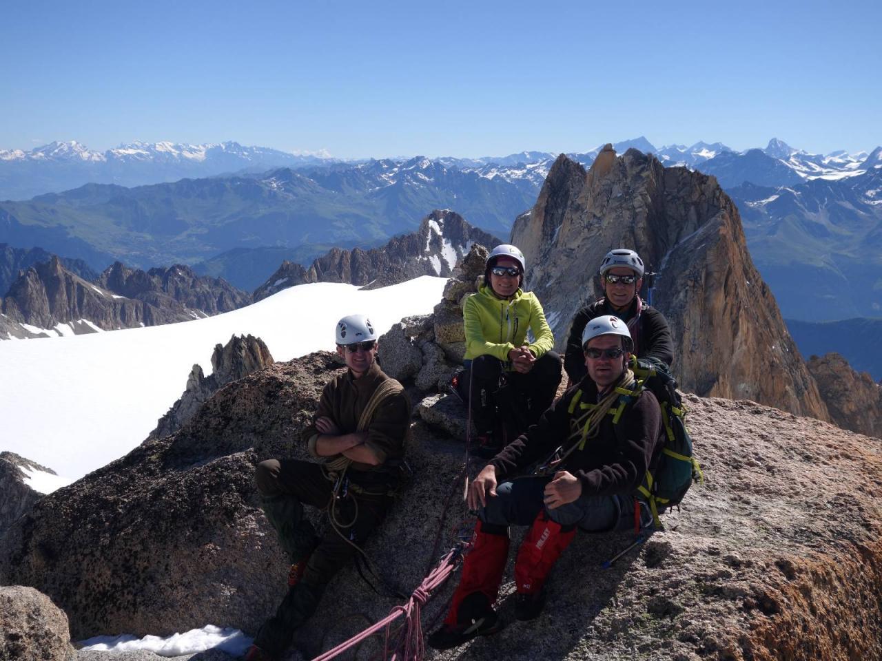 Sommet de Petite Fourche 3520m