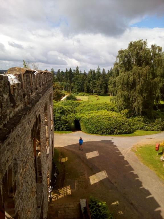 Château du Mont de Cerisy