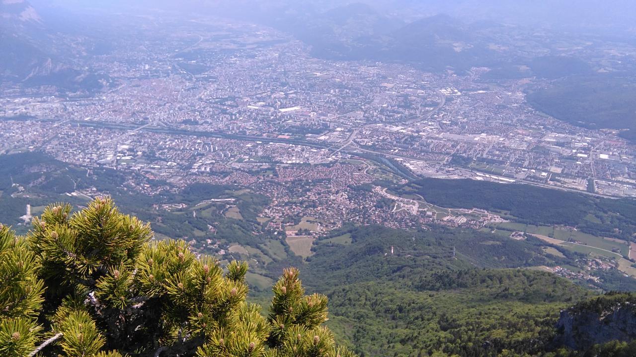 Grenoble - vue du Moucherotte